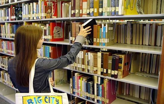 Install the Right shelf Storage At Home to Protect Various Document